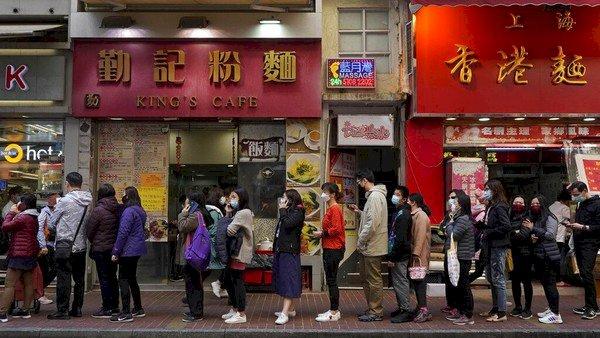 Satu WNI Tertular, Turis China Positif Corona & Sempat Jalan-jalan di Singapura