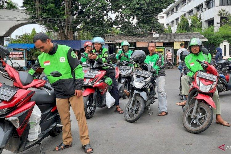 Gara-gara Corona Sekolah Libur, Ojek Online Pun Sepi Penumpang Pak Anies!