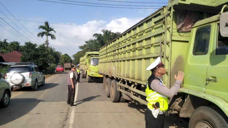 Razia Gabungan, Puluhan Kendaraan Ditilang di Tanjab Timur